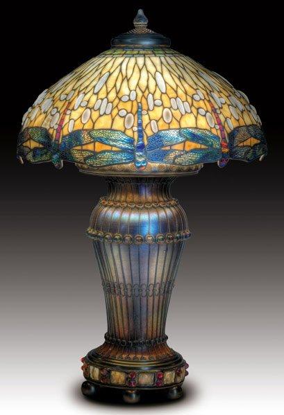 1004: TIFFANY STUDIOS Drop-head Dragonfly lamp