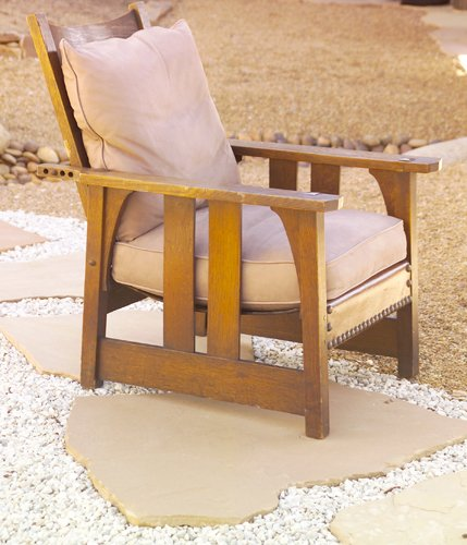 8: GUSTAV STICKLEY Early Morris chair with angled flat