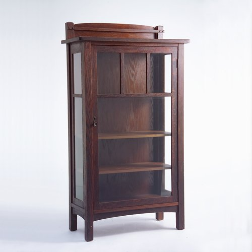 500: LIMBERT China cabinet (no. 447) with overhanging t