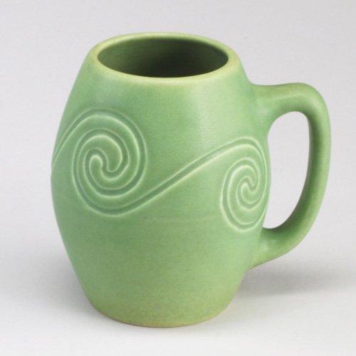 1005: Early ROOKWOOD Z-Line mug with wave pat