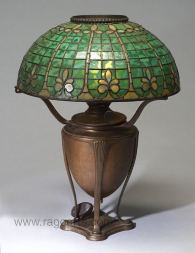 7: TIFFANY table lamp with dome shade of gree
