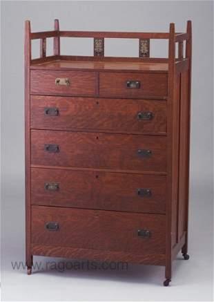 497: STICKLEY BROTHERS six-drawer dresser wit