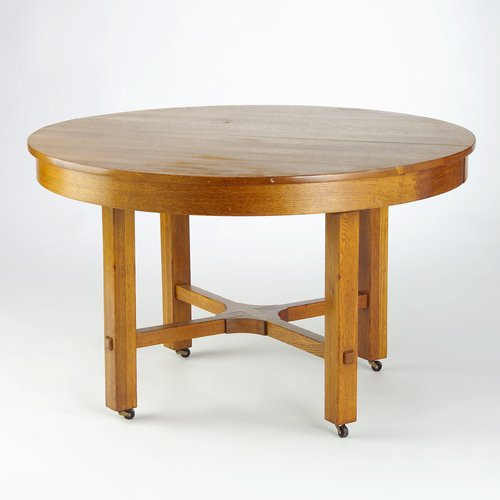 520: L. & J.G. STICKLEY Dining table with circular top,