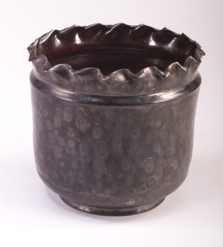 7: GEORGE OHR cylindrical vessel with neat pi
