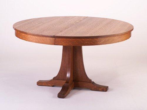 485: L. & J.G. STICKLEY Pedestal dining table