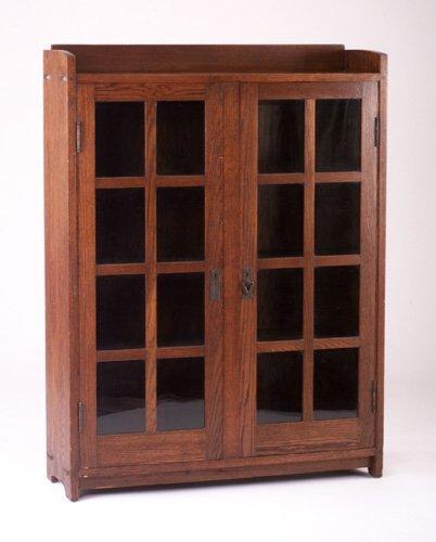 499: CHARLES STICKLEY (ATTRIB.) Bookcase