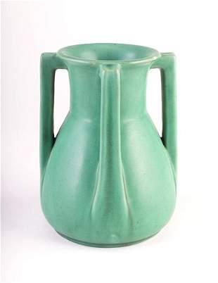 TECO Fine beaker-shaped vase with four angular buttr