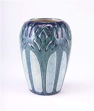 NEWCOMB COLLEGE Fine and bulbous flaring vase with m