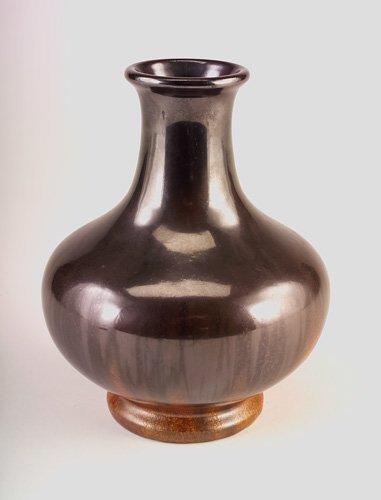 12: FULPER Bottle-shaped vase covered in Mirror Black t