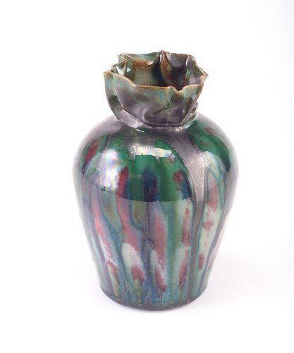14B: GEORGE OHR Fine bulbous vase with pinched and coll