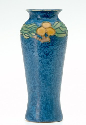 4: AREQUIPA Vase decorated in squeezebag and enamel wit