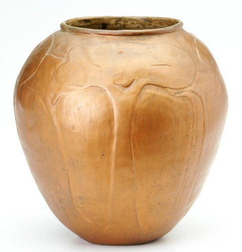 22: SHAWSHEEN Large and very rare bulbous vase covered