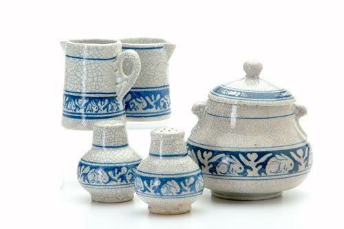 467: DEDHAM Five Crackleware items in the Clockwise Rab
