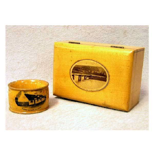 10: Boxes - A Mauchline rectangular box, oval transfer