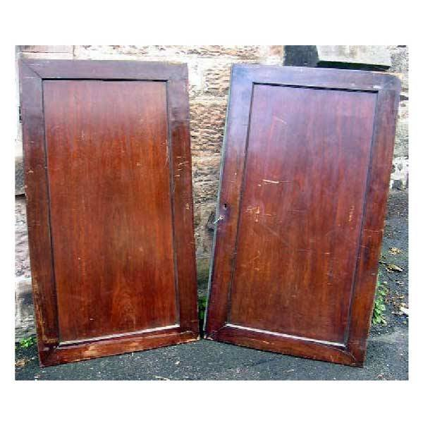 25: Furniture - A pair of nineteenth century mahogany p