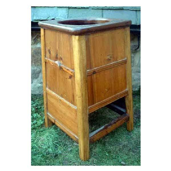 3150: Furniture - A Chinese washstand of square taperin