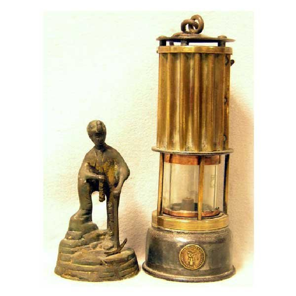 2: Collectable - A large miners lamp by the Premier Lam