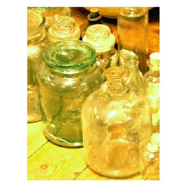 24: Collectable - A collection of glass storage jars, b