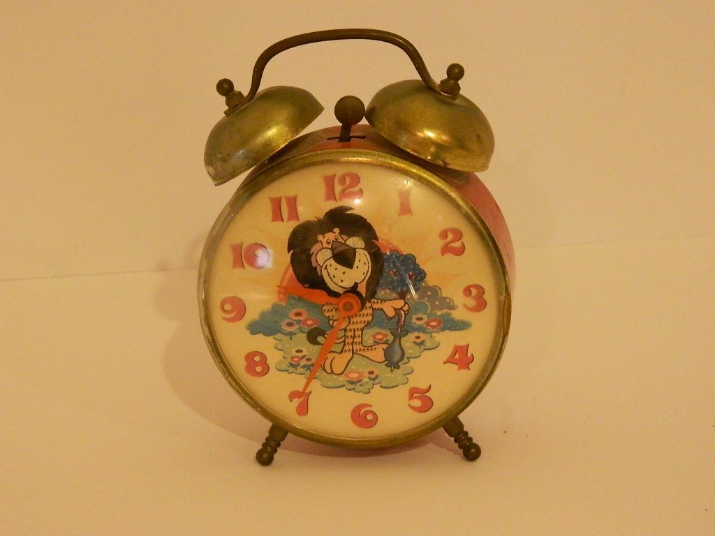 Antique Bell Clock, Lion Design by Lux co.