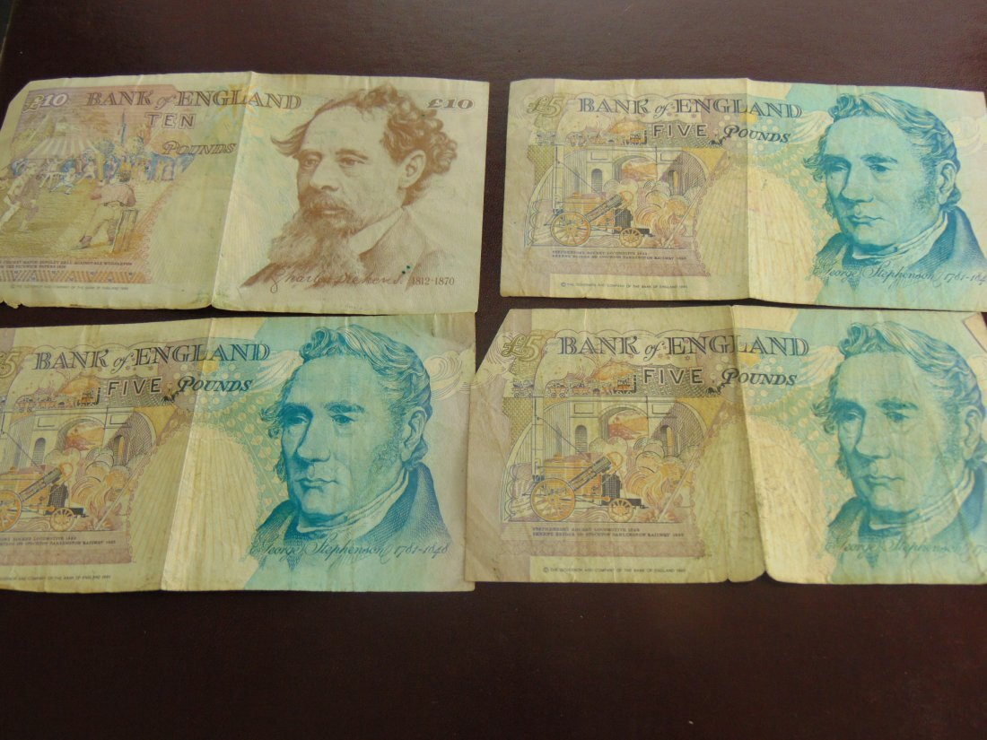 Lot of British Notes, 20 Pounds Total - 2