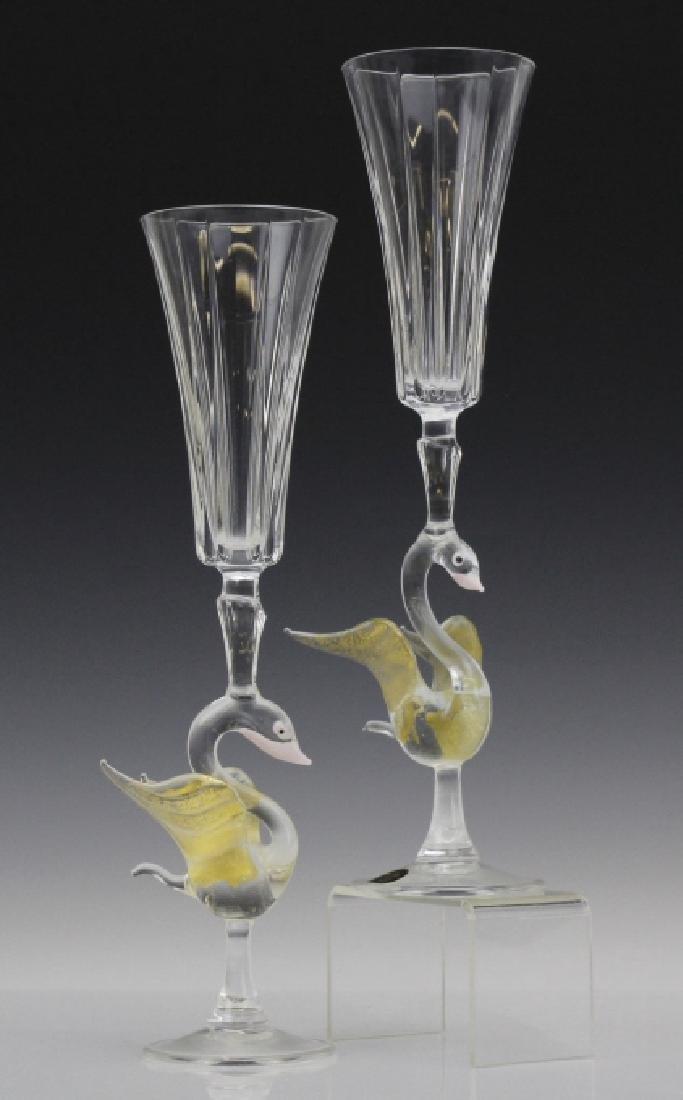 PAIR (2) Murano Art Glass Wine Champagne Flutes w/ Bird