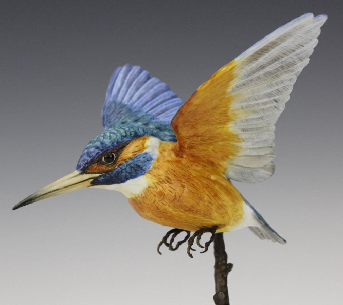 Albany Worcester Porcelain Kingfisher Bird On Bronze - 3