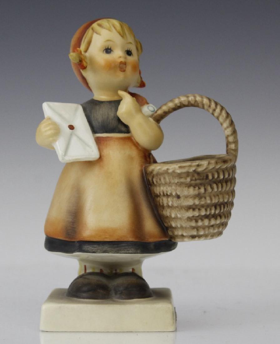 Cute ESTATE Lot of 5 Hummel Porcelain Figurines - 5