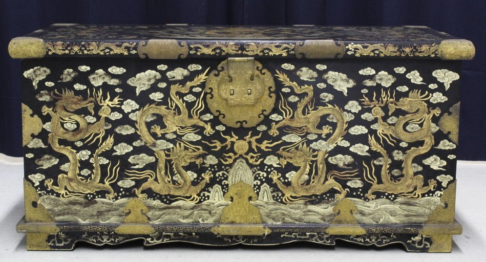 Elaborate & Detailed Antique Chinese Dragon Chest - 2
