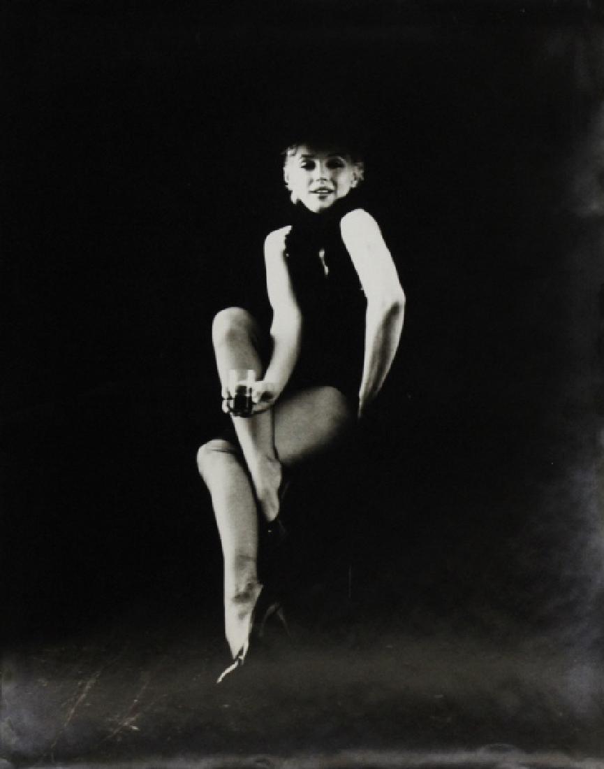Signed Milton Greene B&W Marilyn Monroe Photograph - 2