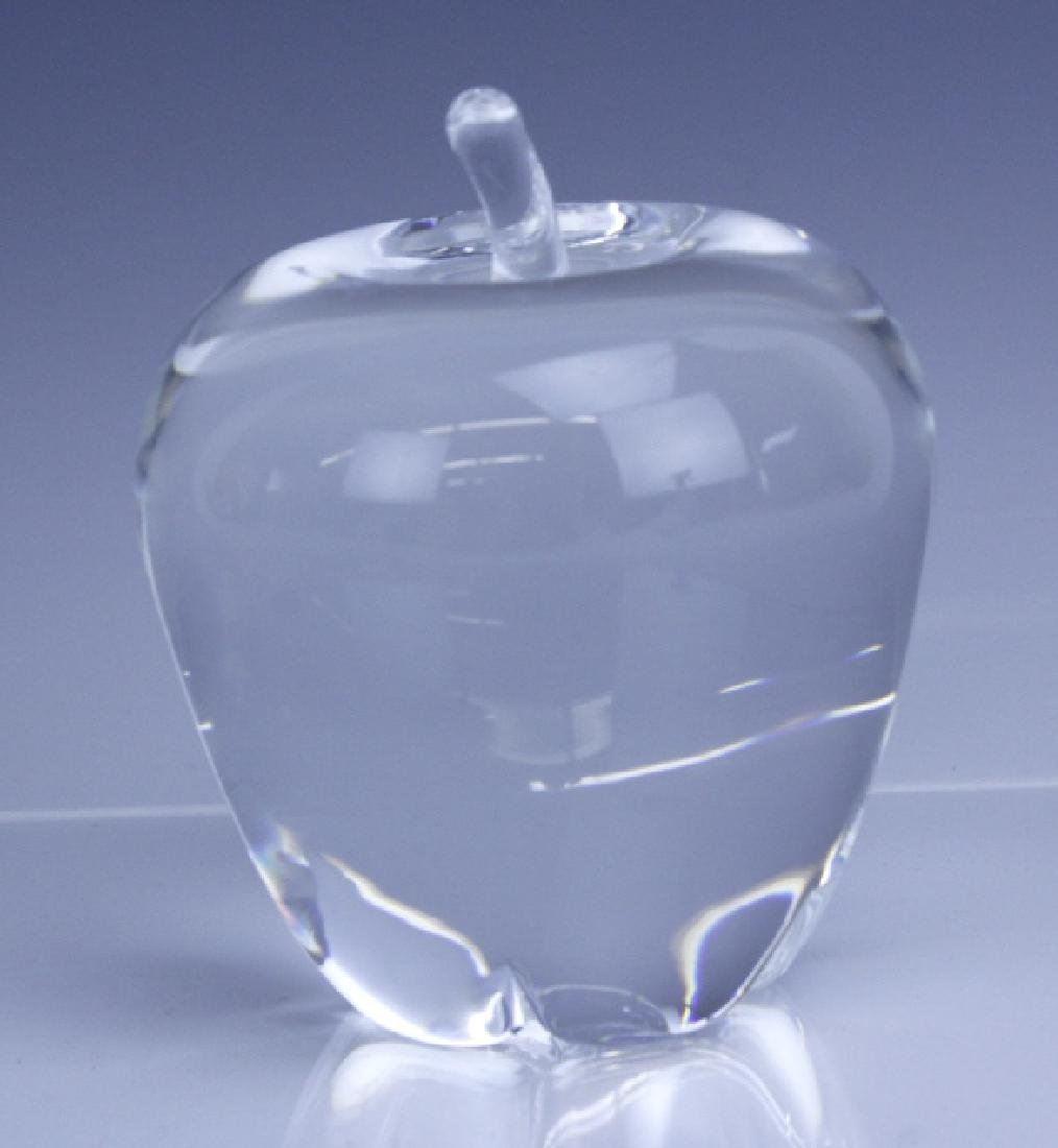 Signed STEUBEN NYC Big Apple Crystal Paperweight - 2
