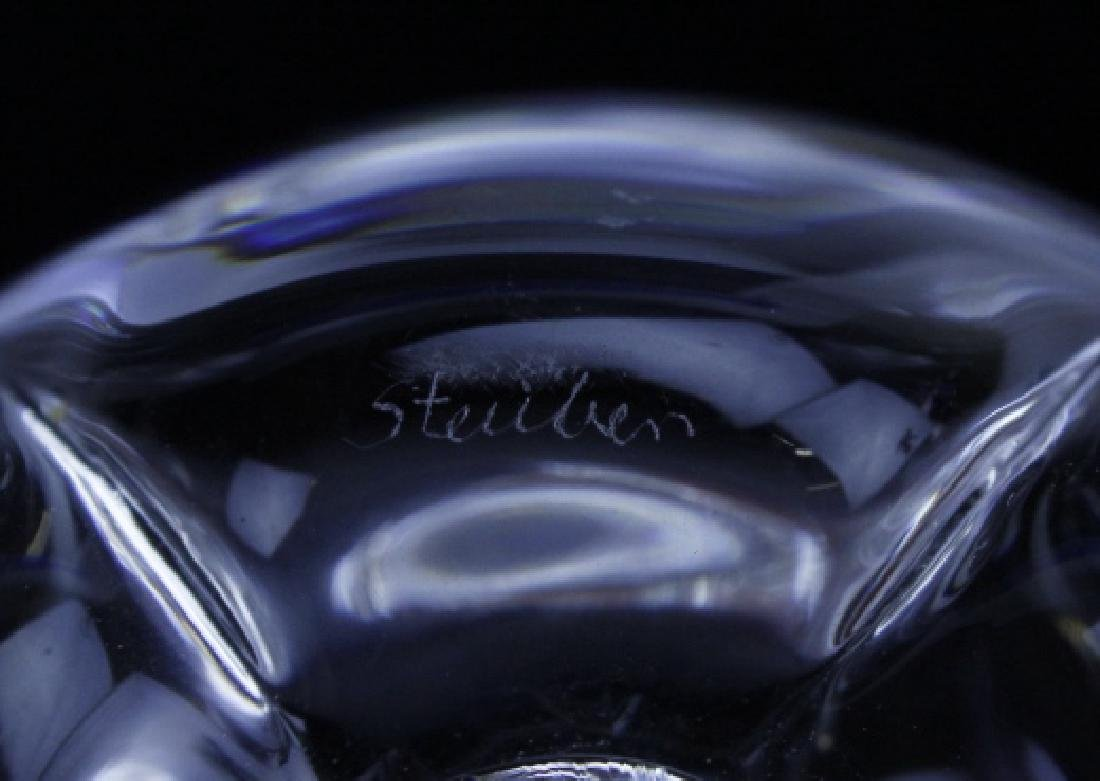 Signed STEUBEN NYC Big Apple Crystal Paperweight - 4