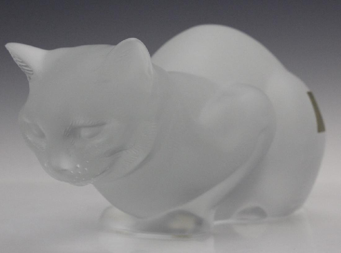 LALIQUE French Crystal Cat Crouching Glass Statue - 4