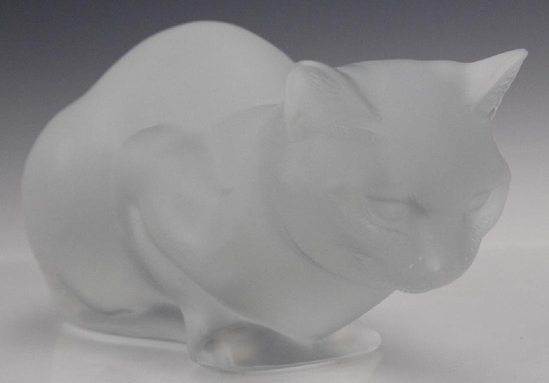 LALIQUE French Crystal Cat Crouching Glass Statue - 5