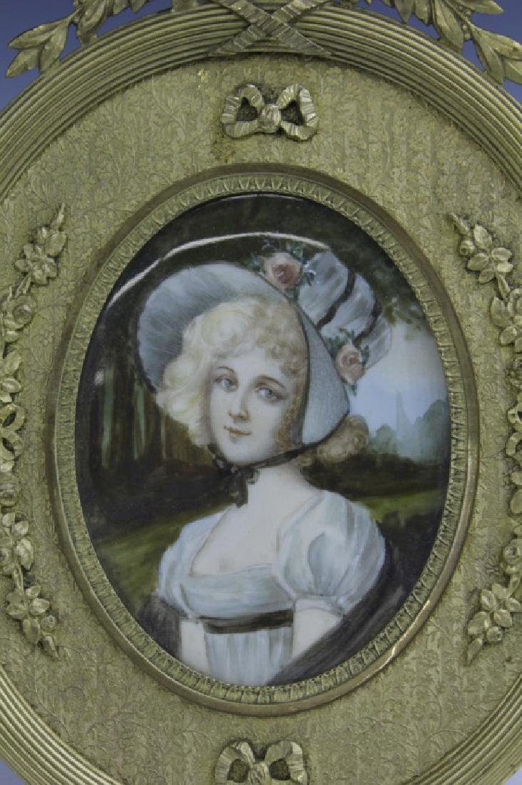 Antique French Court Lady Portrait in Bronze Frame - 2