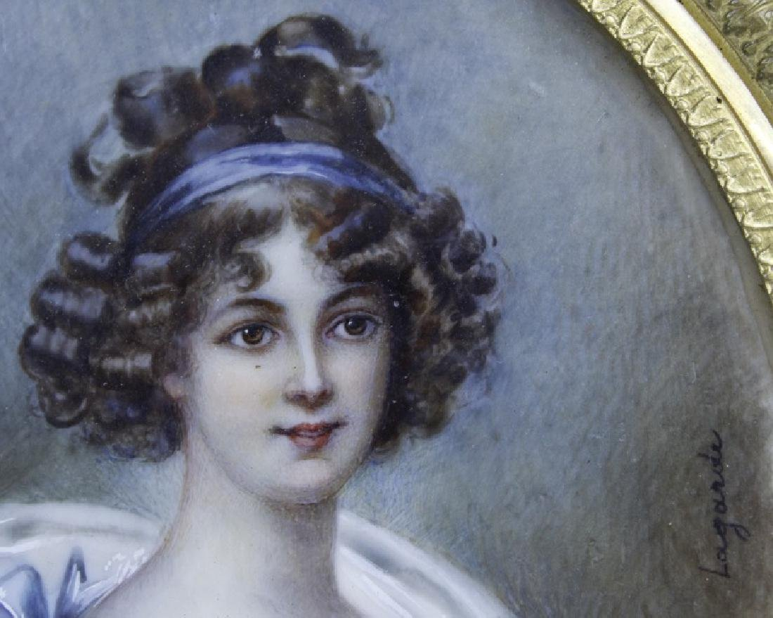 Antique French Court Lady Portrait in Bronze Frame - 5