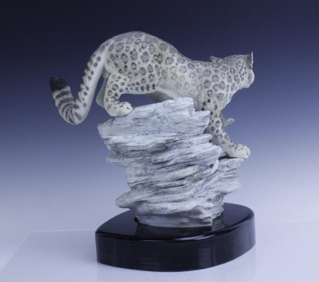 Rare Large BOEHM Snow Leopard Porcelain Figurine - 5