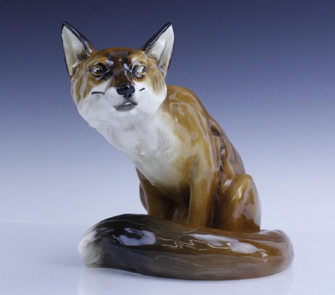 Large Royal Doulton Seated Fox Figurine HN2634