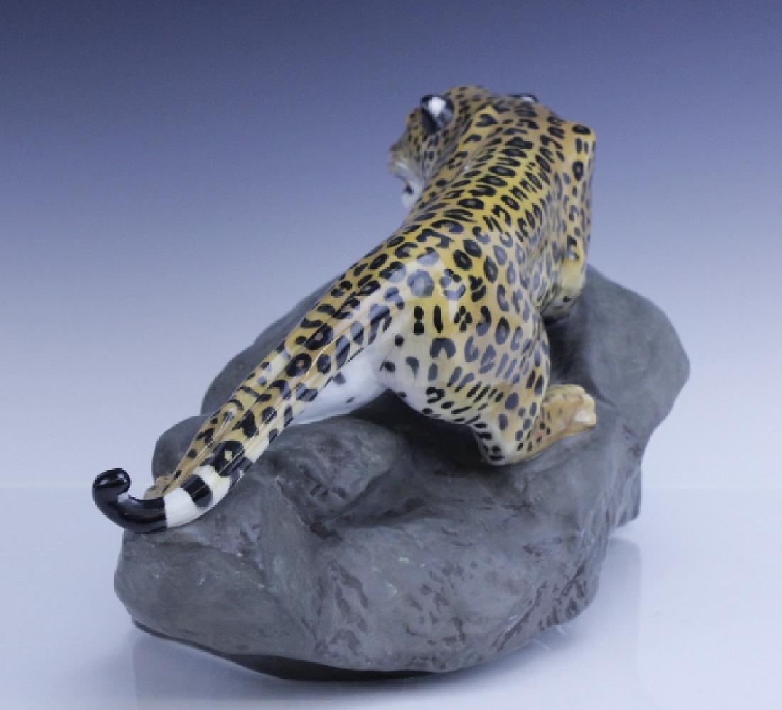 Large Royal Doulton Leopard on Rock Sculpture - 3