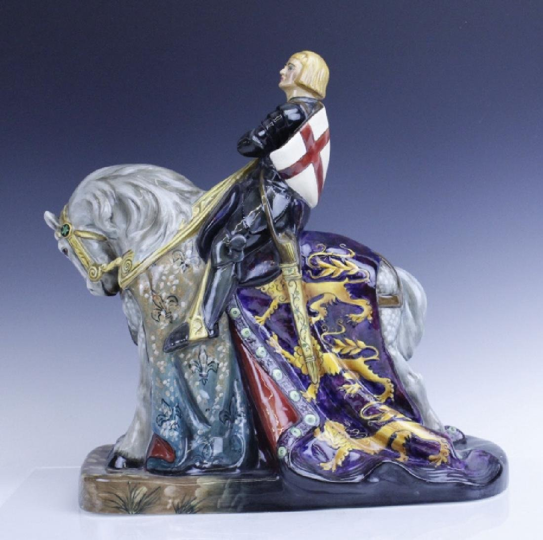 Large Royal Doulton ST GEORGE HN2067 Figurine - 2