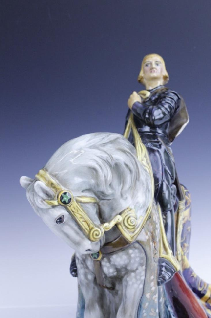 Large Royal Doulton ST GEORGE HN2067 Figurine - 6