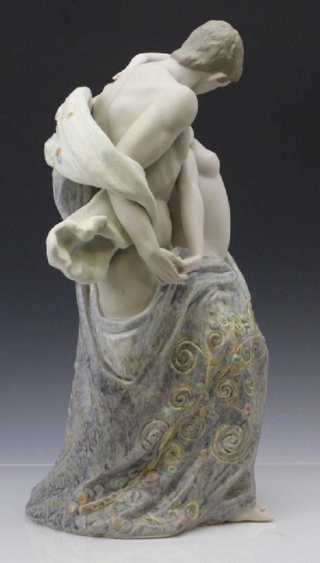 Large LLADRO Passionate Lovers Female Nude Statue - 6