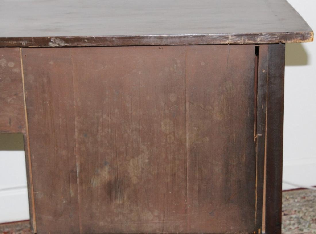 English 18c George III Mahogany Sideboard Cabinet - 8