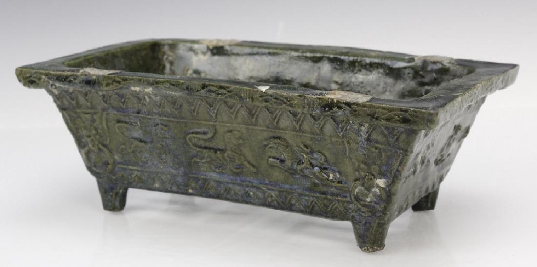 Ming Dynasty Animal Motif Glazed Pottery Planter - 7