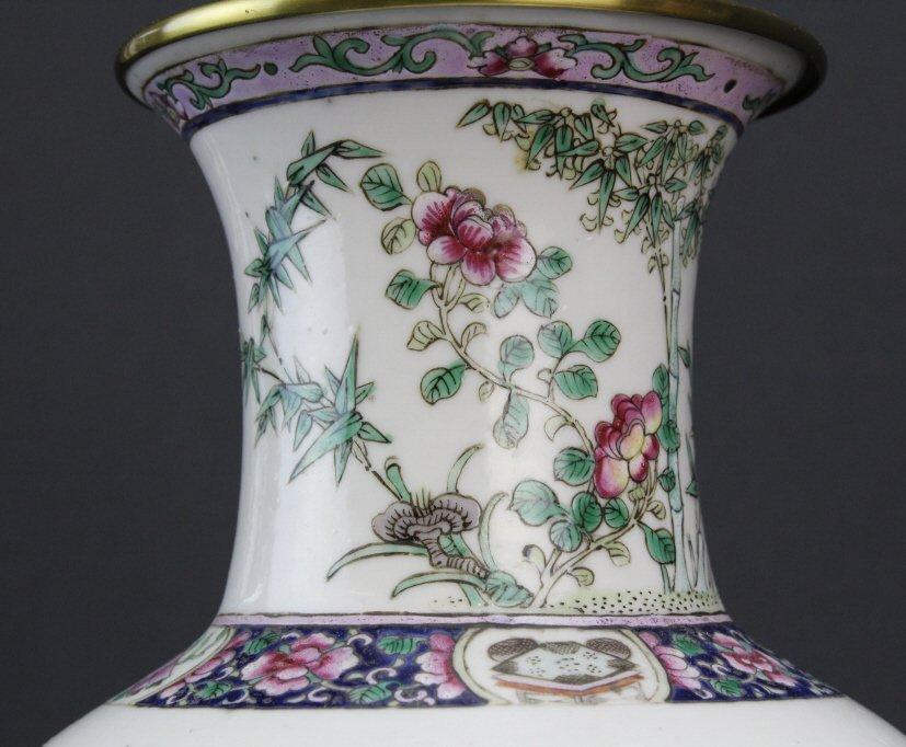 Antique Chinese Famille Rose Porcelain Vase Lamp - 3