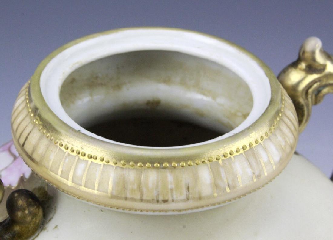 Fine Nippon Decorated Footed Landscape Porcelain Vase - 3