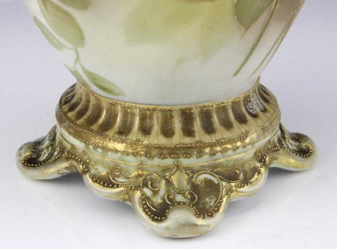Fine Nippon Decorated Footed Landscape Porcelain Vase - 7