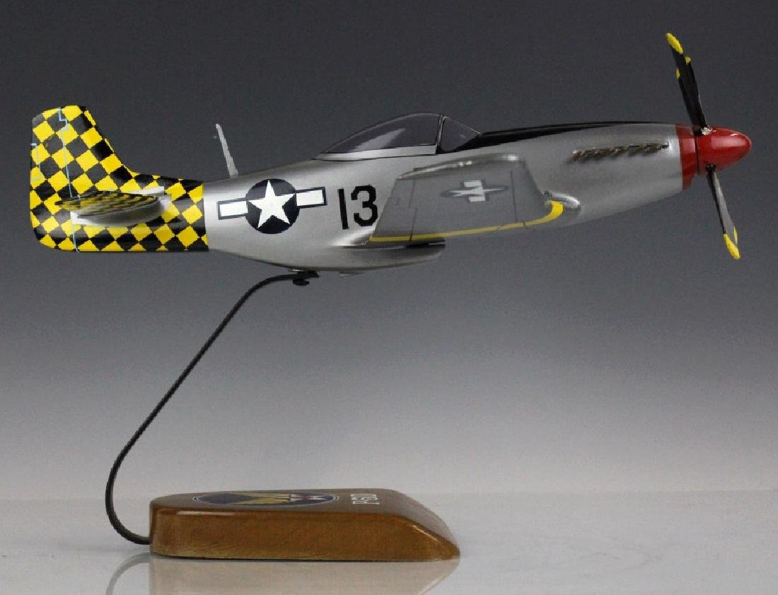 North American Mustang WWII P-51D Aircraft Model