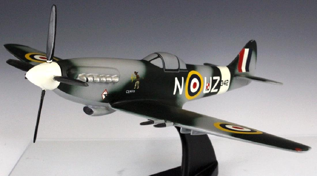 British Spitfire ROK Ceram 8342 Aircraft Model