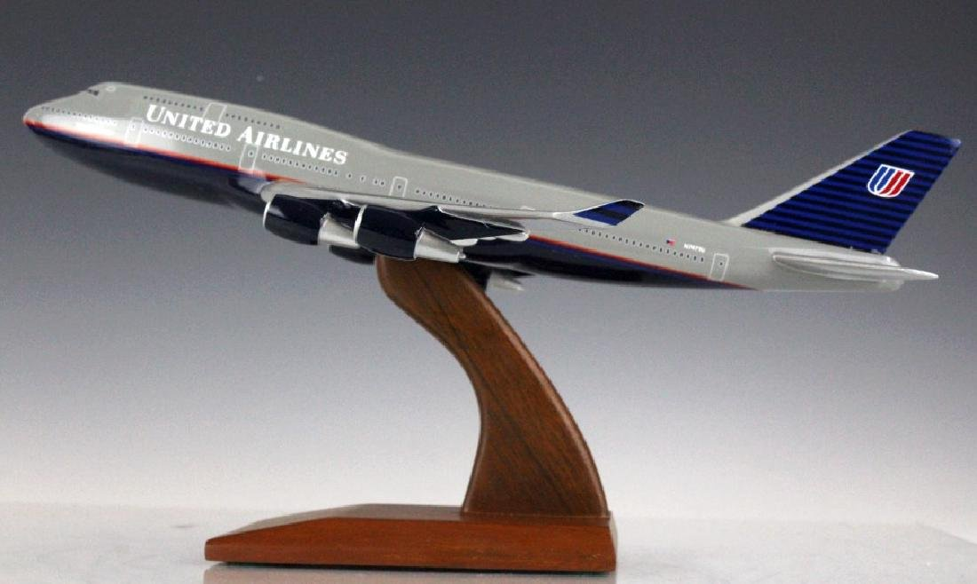 United Airlines Air Jet N7471U Desk Top Model