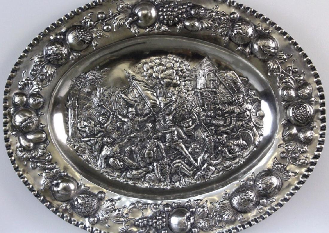 LARGE European 800 Silver Battle Scene Platter 1200g. - 2